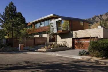 China El diseño moderno aprisa instala las casas de marco de acero ligeras, vivienda del metal distribuidor